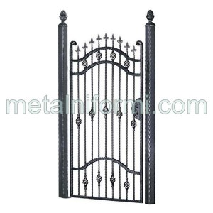 Портални и дворни врати от ковано желязо.