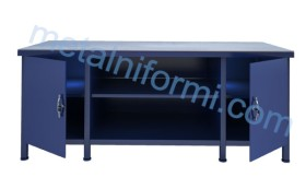 Работна маса с чекмеджета