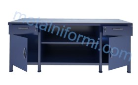 Метална маса за шлосерски работилници